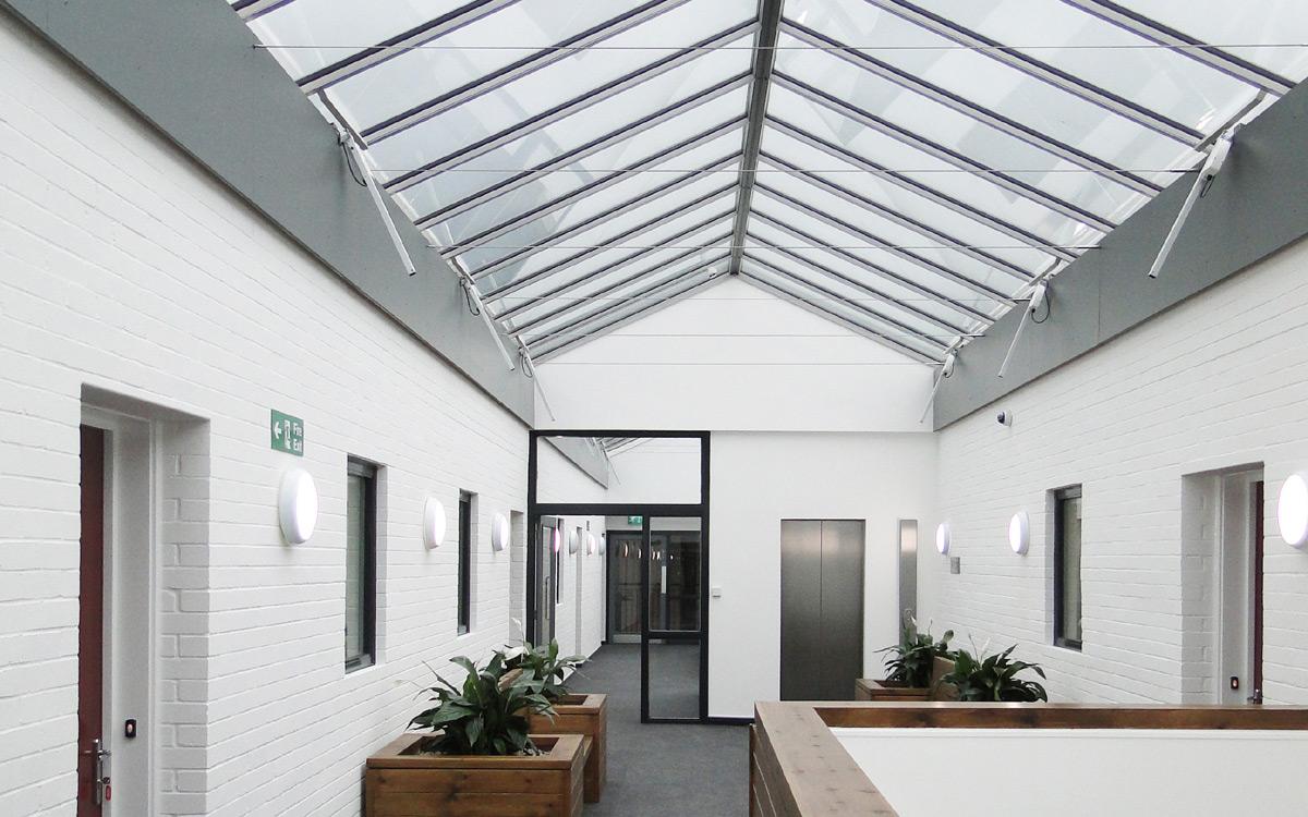 Innenansicht eines Gebäudes mit Satteldaches