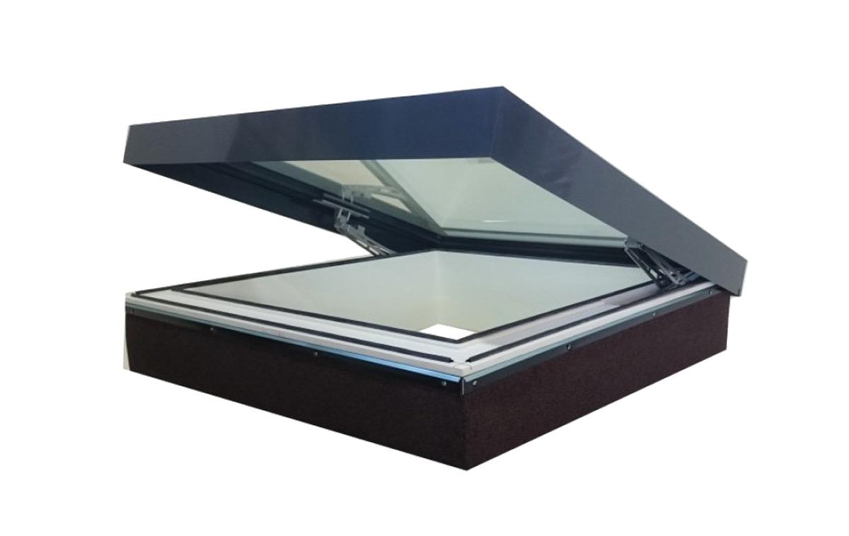 SkyVision ACCESS – Flachdachfenster für Rauchabzug und Servicezugang