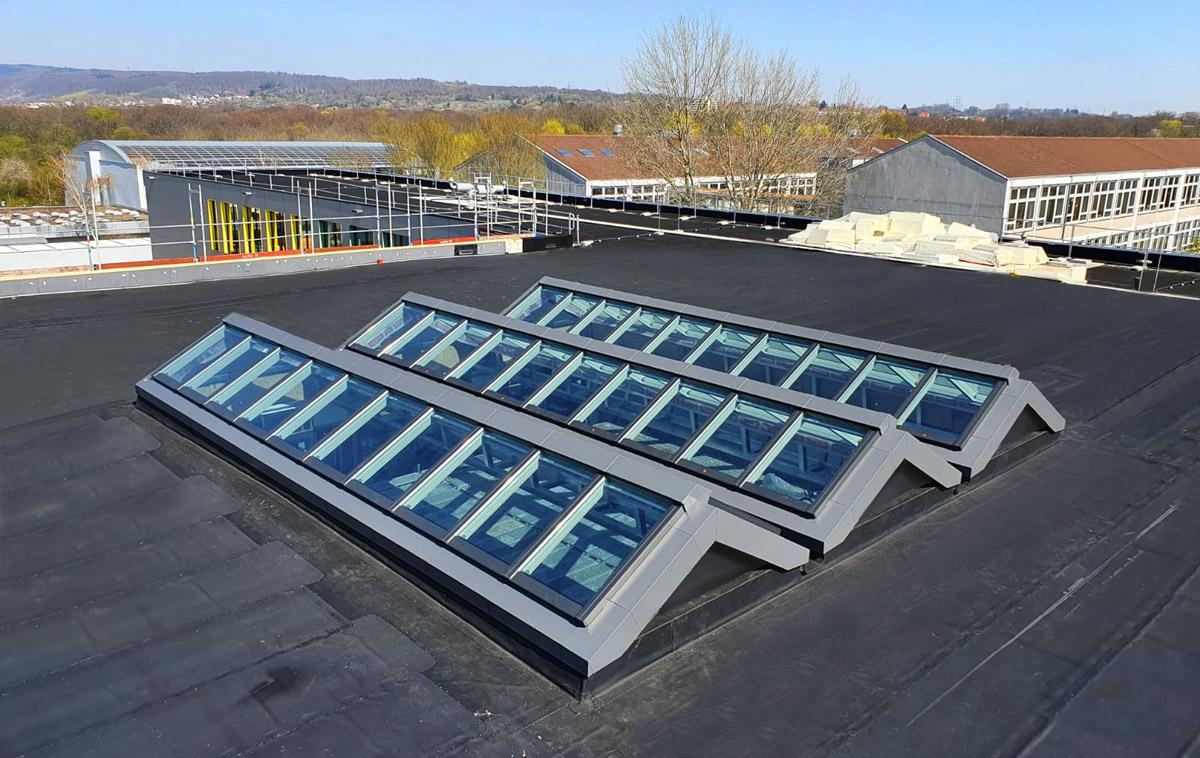 3-fach Atrium Verglasung auf einem Flachdach