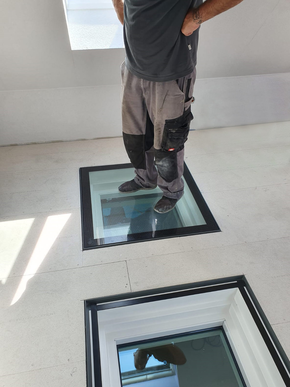 branschutzverglastes, begehbares WALK-ON Bodenglas