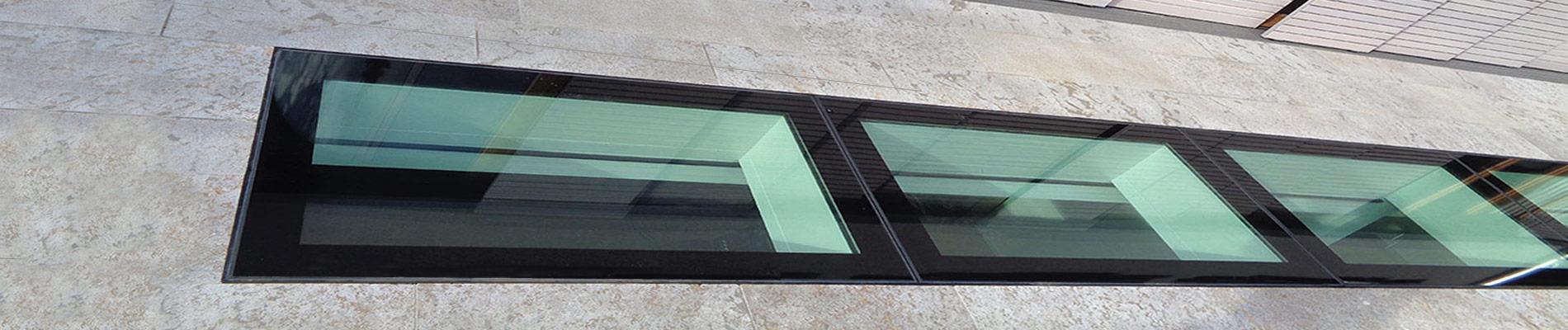 Begehbares Oberlicht-Lichtband für Tageslicht im Kellergeschoss
