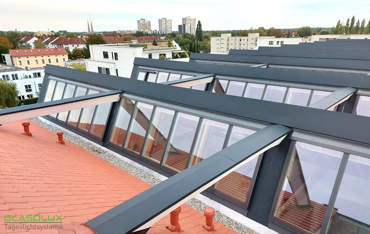 Sheddach Verglasung auf einem Dach in Augsburg