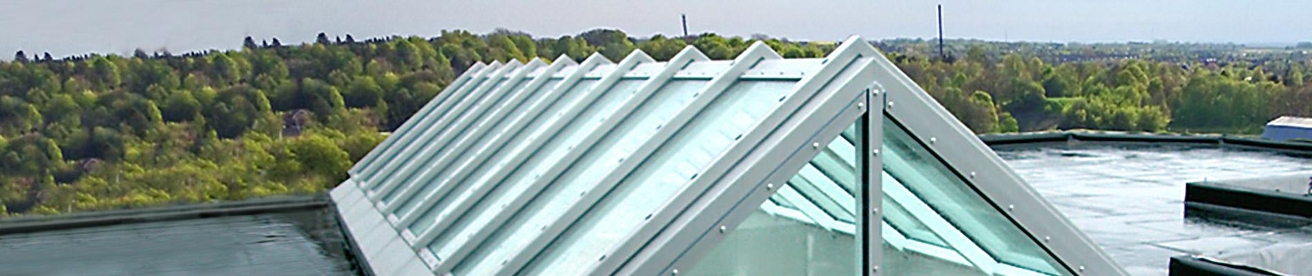 Brandschutz Satteldach – Verglasung mit Feuerwiderstandsklasse F30