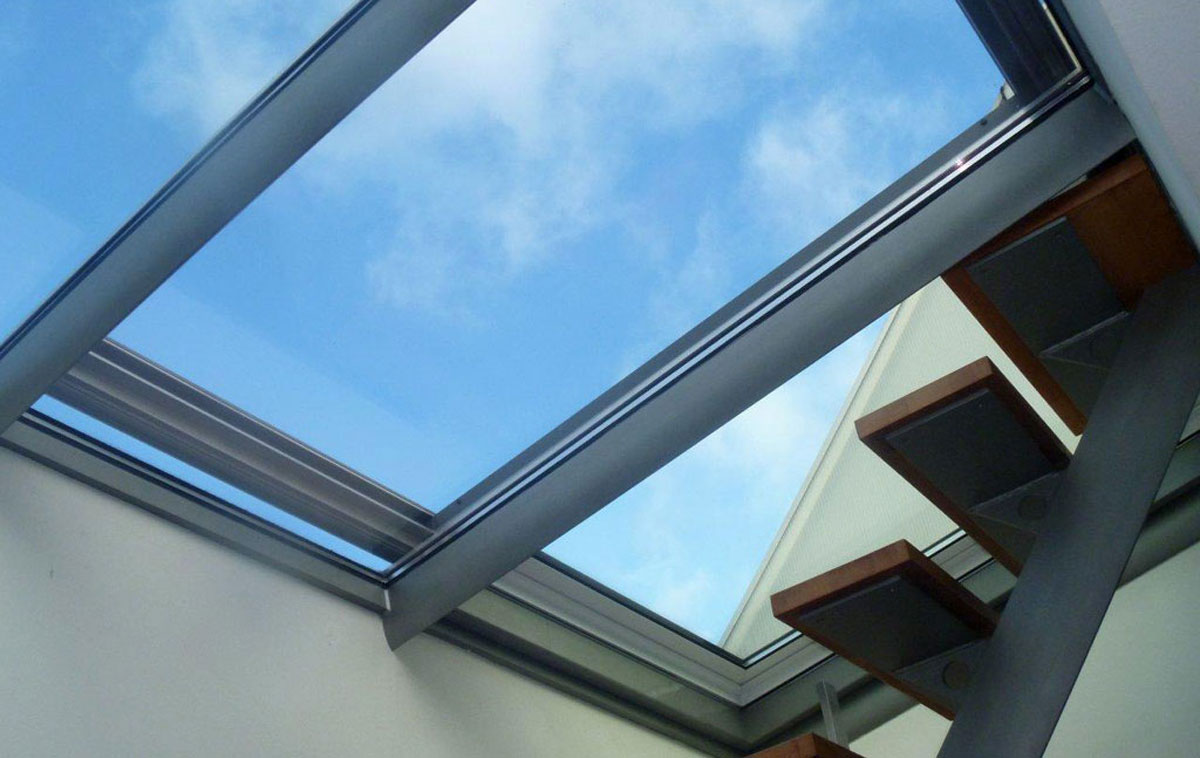 Innenansicht eines Dachschiebefensters DS und Treppenaufgang